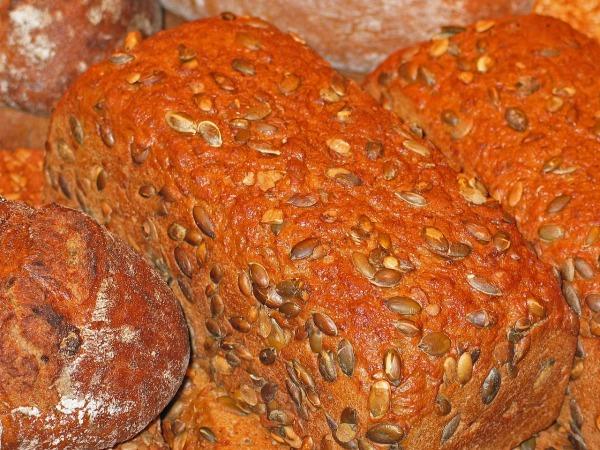 bread-1326272_1280